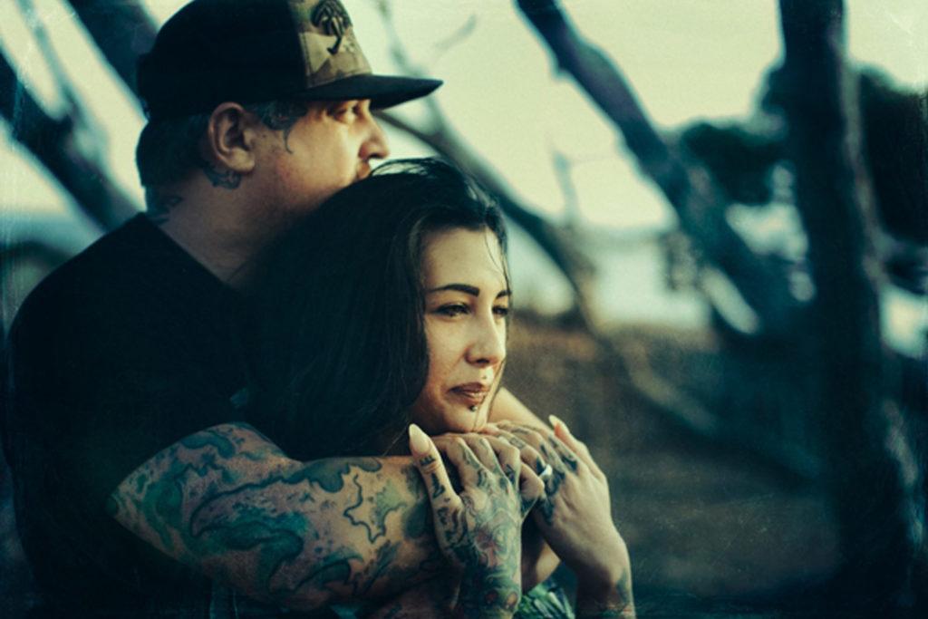 Laura et Mike – Un mariage Atypico-Rebelle !